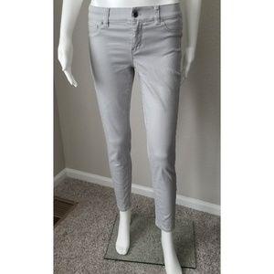 WHBM gray stretch skinny jeans EUC